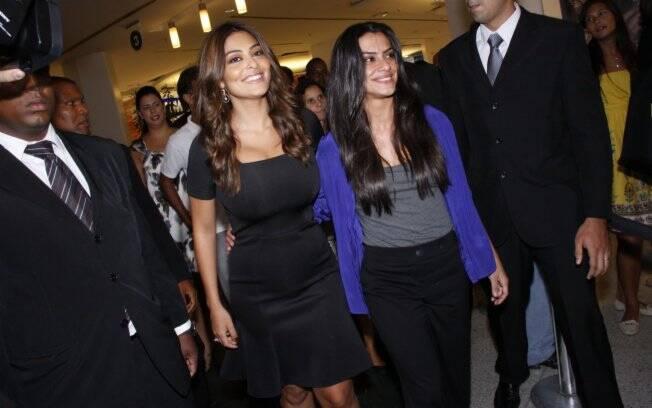 Juliana Paes e Cleo Pires participaram do lançamento de joalheria