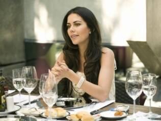 Daniela Albuquerque no restaurante da Rede Tv!